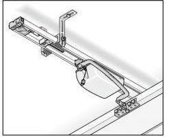 Ferrure de porte à faible retombée de linteau